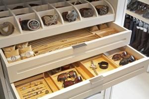 wadrobe storages